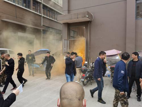 仙岩街道开展鞋革类应急消防演练活动